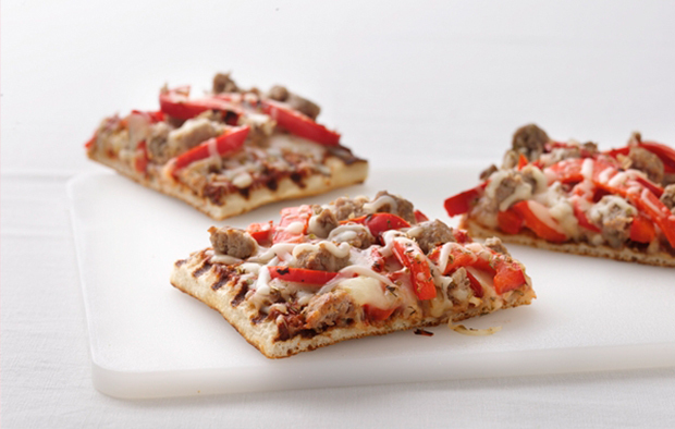 Muir Glen Grilled Sausage and Pepper Pizza
