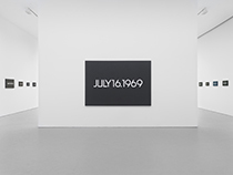 On Kawara´s Date Paintings on display at David Zwirner Gallery.