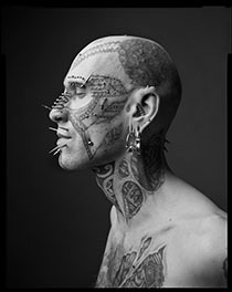 Mark Seliger presents his exhibition Look & Listen in Vienna at the gallery PhotographersLimitedEdition.
