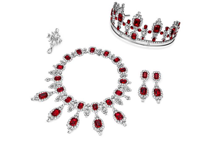 anna_dello_russo_swarovski_jewelry_line