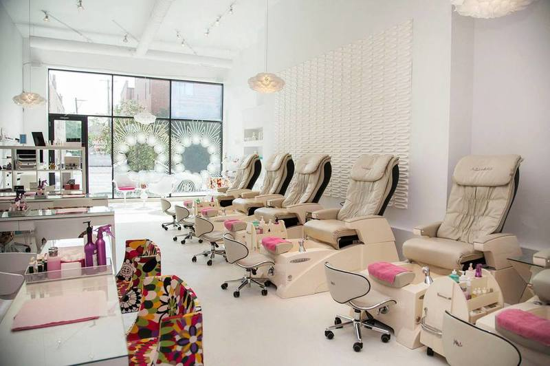 4 Tips For Picking A Nail Salon Joan Lunden