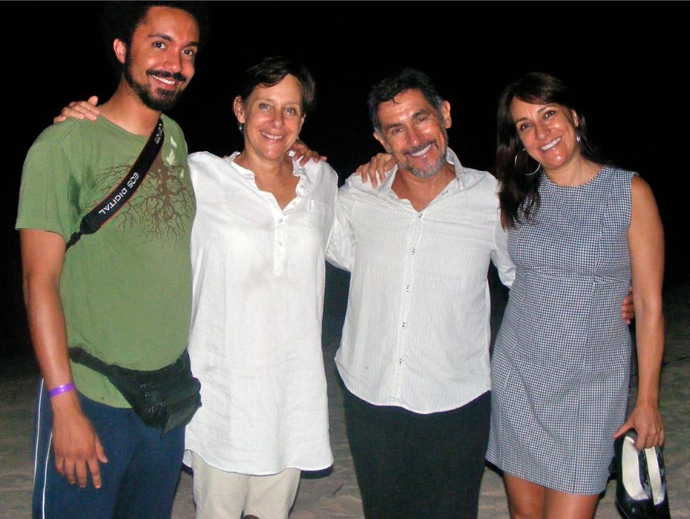 Foto 2. Visita al campamento tortuguero