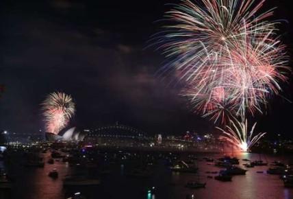 Cerca-utilizaron-espectaculo-artificiales-Sydney_MILIMA20151231_0101_8