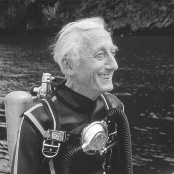 Foto 4 Capitan Cousteua