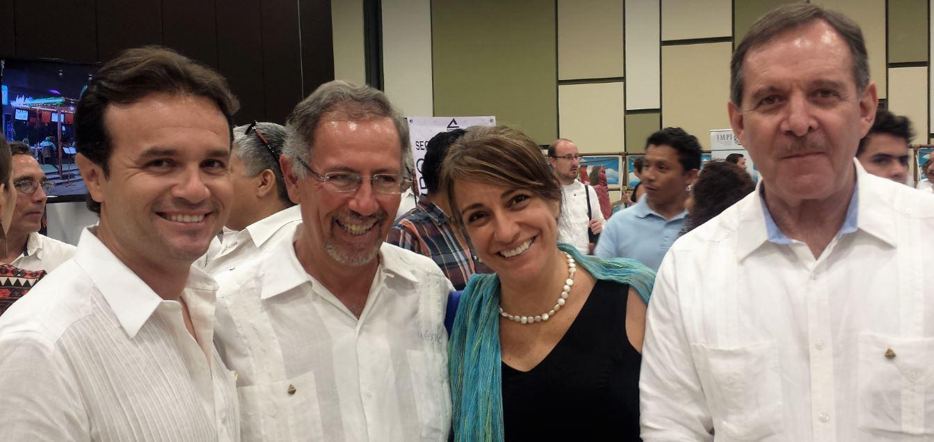 Foto 4 Con los presidentes y el tesorero