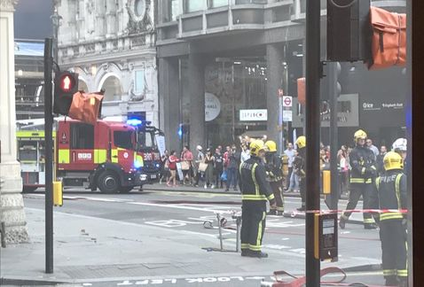 Se incendia edificio de cinco pisos en londres jos c rdenas for Compartir piso en londres