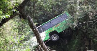 camion-barranco1