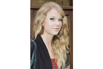 Taylor Swift's signature waves