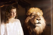 "Georgie Henley and Will Poulter Go ""Dawn Treading"""