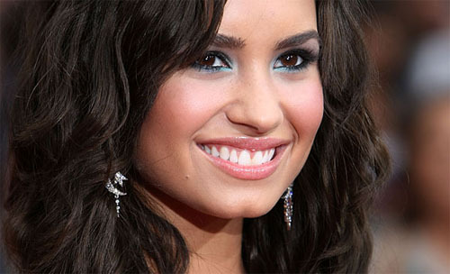 Top 10 Most Popular Celebs in 2010