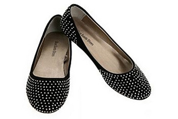 Black twinkly flats from Hot Topic, $18.99