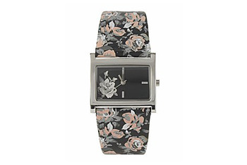 Rose strap watch from NewLook.com, $7