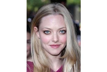 Pretty in pink Amanda Seyfried