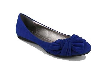 Pleated bow flat from GoJane.com, $11