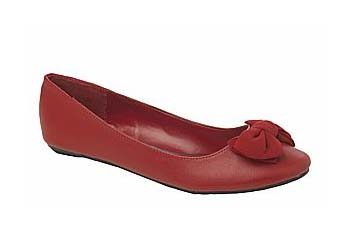 Chiffon bow flat in red from NewLook.com, $25