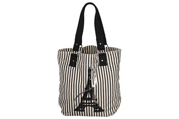 Eifel tower tote bag from Forever21.com, $16.80