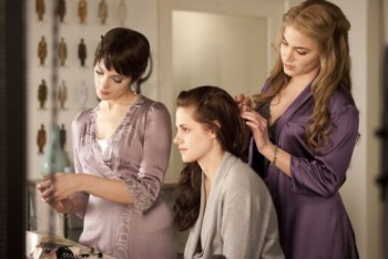 Breaking Dawn Part 1 Movie Review