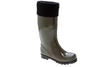 Cougar Cutie Pie rain boot with cuff, $49.95, at Designer Shoe Warehouse (www.dsw.com)