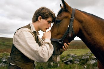 Jeremy Irvine: Riding High on War Horse