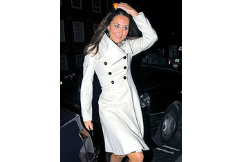 Kate looks great in winter white!