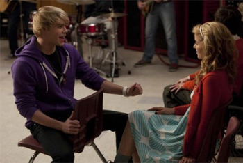 Glee: Season 2, Episode 13 :: Comeback
