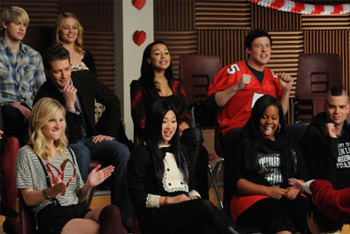 Glee: Season 2, Episode 12 :: Silly Love Songs