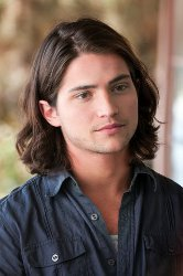 Headshot of Thomas McDonell