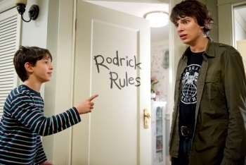 Diary of a Wimpy Kid 2: Rodrick Rules Movie ReviewDiary of a Wimpy Kid 2: Rodrick Rules Movie Review