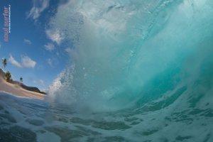 Massive surf wave