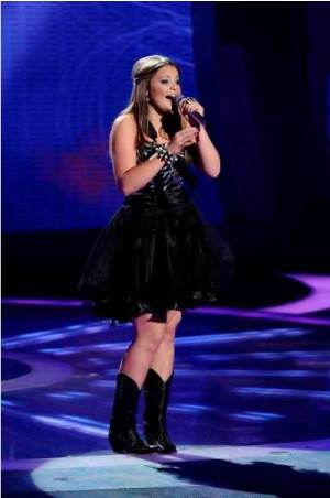 American Idol: Season 10, Episode 28 :: Top 7