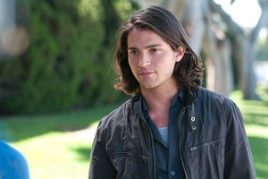 Thomas McDonell as Jesse Richter