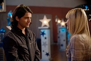 Thomas McDonell and Aimee Teegarden in Prom