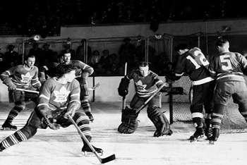 Old School Leafs win 1942 Stanley Cup