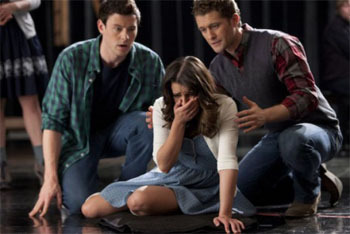 Glee: Season 2, Episode 18 :: Born This Way