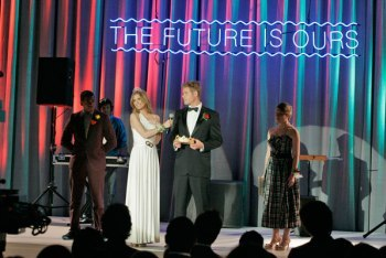 90210: Season 3 Episode 21 :: The Prom Before the Storm