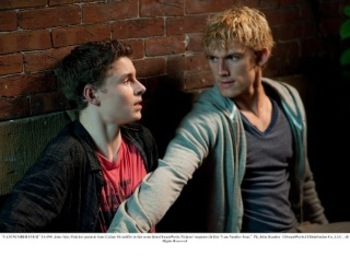 Callan and Alex Pettyfer in I Am Number Four