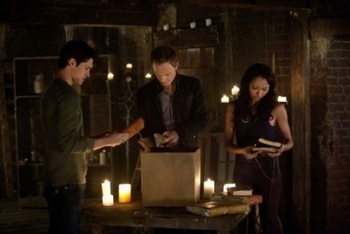 The Vampire Diaries: Season 2, Episode 21 :: The Sun Also Rises