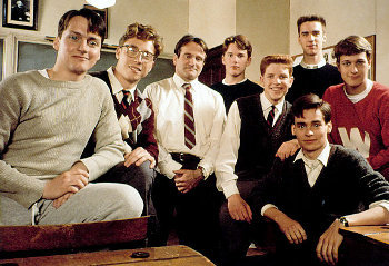 Robin Williams shows private school boys that school CAN be fun and games