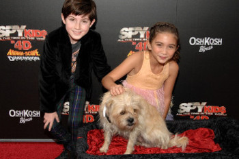 Rowan and her co-star Mason Cook