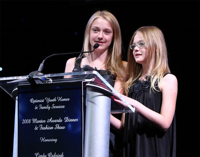 Dakota and Elle Fanning are big fans of getting an education