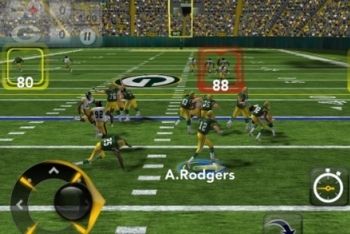 Madden NFL 12 gameplay screenshot