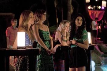 90210: Season 4, Episode 1 :: Up in Smoke