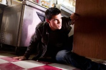 Taylor Lautner Abduction  action scene
