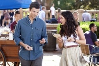 90210: Season 4, Episode 2 :: Rush Hour