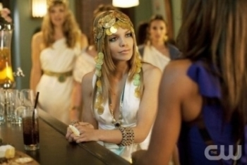 90210: Season 4, Episode 3 :: Greek Tragedy