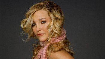 Kate Hudson is the daughter of Goldie Hawn