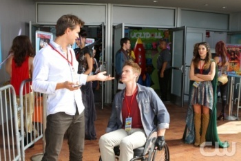 90210: Season 5, Episode 6 :: The Con