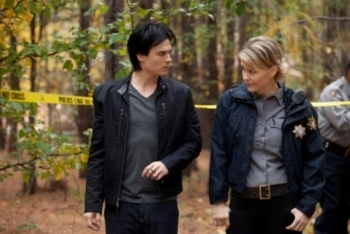 The Vampire Diaries: Season 3, Episode 11 :: Our Town