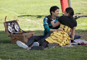 Glee: Season 3, Episode 10 :: Yes/No