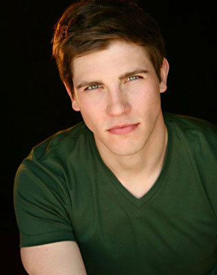 Curt Hansen as the prince